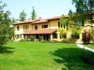 Fontanile Italy Vacation Rentals - Home
