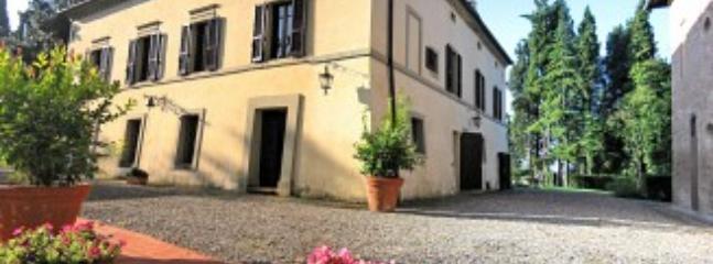 Asciano Italy Vacation Rentals - Villa