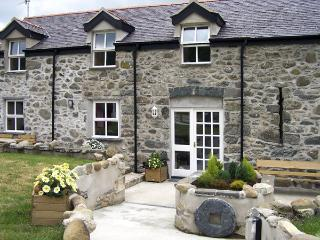 Rowen Wales Vacation Rentals - Home