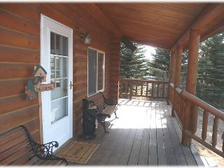 Front entry to the cabin