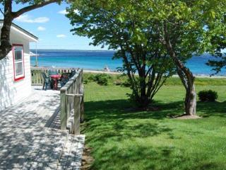 Hubbards Canada Vacation Rentals - Cottage