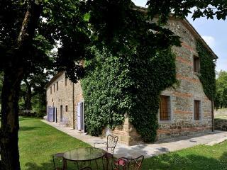 Capolona Italy Vacation Rentals - Home