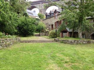 Lanvallay France Vacation Rentals - Home