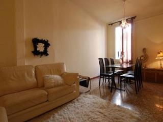 Bologna Italy Vacation Rentals - Apartment