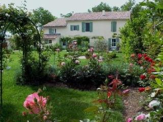 Arles France Vacation Rentals - Home