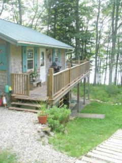 SERENDIPITY COTTAGE | WESTPORT ISLAND | MAINE | KAYAKING | BIRD WATCHING | FAMILY VACATION | PET-FRIENDLY