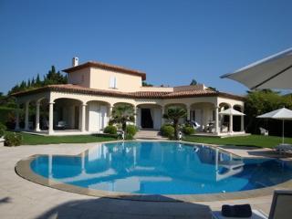 Var France Vacation Rentals - Home