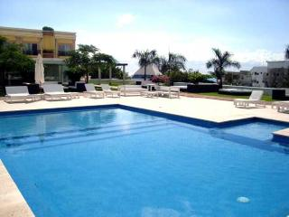 Cancun Mexico Vacation Rentals - Home