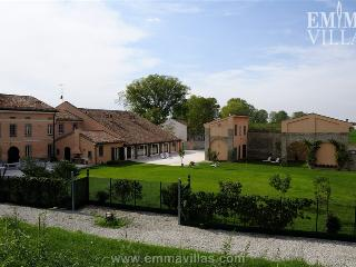 Mantova Italy Vacation Rentals - Home