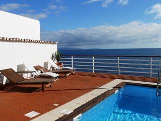 Santa Cruz Portugal Vacation Rentals - Home