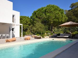 Calvi France Vacation Rentals - Home