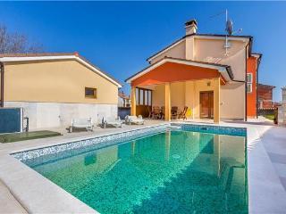 Divsici Croatia Vacation Rentals - Villa