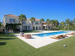Nassau Bahamas Vacation Rentals - Villa