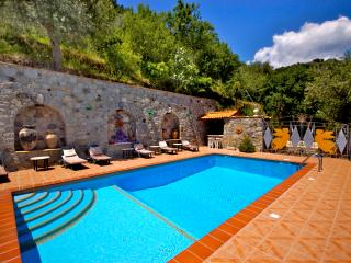 Graniti Italy Vacation Rentals - Home