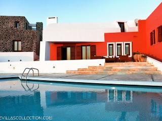 Santorini Greece Vacation Rentals - Villa