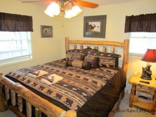 Beech Bear Retreat Log King Bed on Main Floor