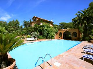 Boulouris France Vacation Rentals - Villa