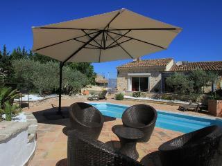Le Puy-Sainte-Reparade France Vacation Rentals - Villa
