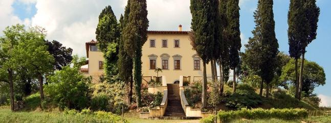 13 bedroom Villa in Arezzo, Arezzo Area, Tuscany, Italy : ref 2230495