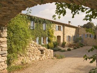 Saint-Antonin-du-Var France Vacation Rentals - Villa