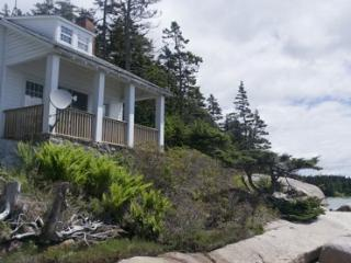 Raymond Maine Vacation Rentals - Home