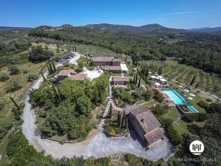 Ambra Italy Vacation Rentals - Home