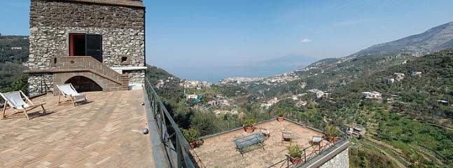 Meta Italy Vacation Rentals - Home