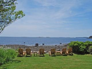 The beautiful waterfront property Candys Cove Cottage