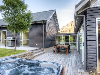 Queenstown New Zealand Vacation Rentals - Home