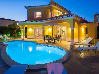 Carvoeiro Portugal Vacation Rentals - Home