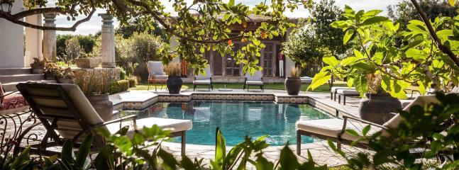 Luxury private villa in Cape Town, 16 p