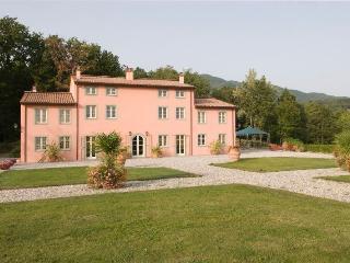 Marlia Italy Vacation Rentals - Home
