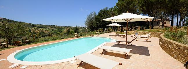 6 bedroom Villa in Montaione, San Gimignano, Volterra and surroundings, Tuscany, Italy : ref 2293945