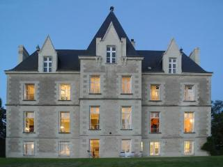 Poitiers France Vacation Rentals - Home