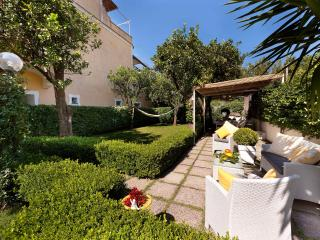 Meta Italy Vacation Rentals - Apartment