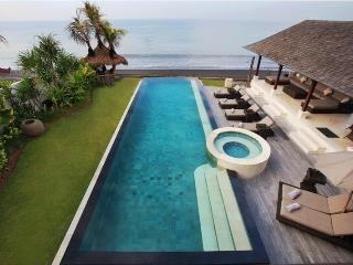 Nusa Ceningan Indonesia Vacation Rentals - Villa
