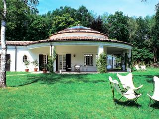 Dormelletto Italy Vacation Rentals - Home