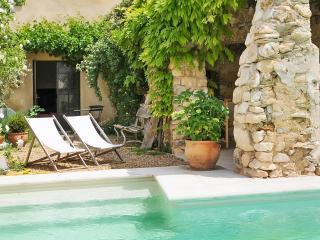 Rustrel France Vacation Rentals - Home