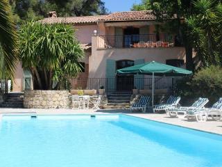 Le Rouret France Vacation Rentals - Villa