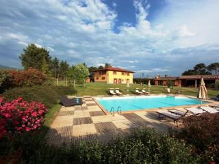 Poppi Italy Vacation Rentals - Home