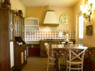 Braccagni Italy Vacation Rentals - Home