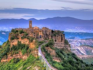 Civita di Bagnoregio Italy Vacation Rentals - Home