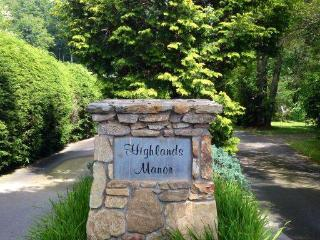 Highlands North Carolina Vacation Rentals - Apartment