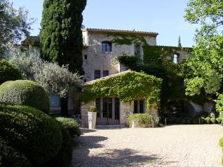 Les Baux de Provence France Vacation Rentals - Home