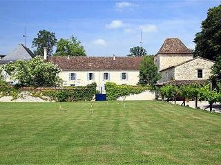 Issigeac France Vacation Rentals - Home