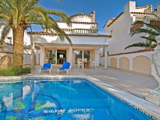 Empuriabrava Spain Vacation Rentals - Home