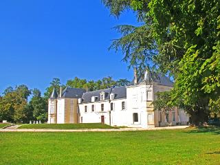 Cognac France Vacation Rentals - Home