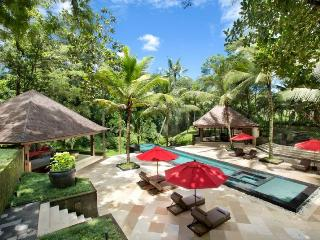 Buwit Indonesia Vacation Rentals - Home