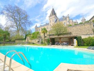 Reaup-Lisse France Vacation Rentals - Home