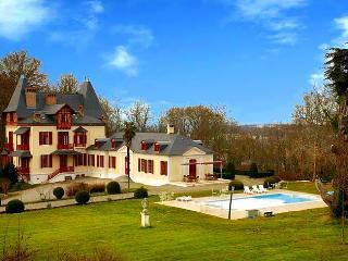Gelos France Vacation Rentals - Home